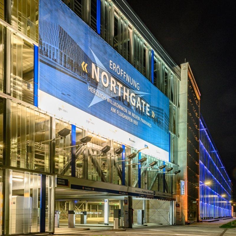 Erfolgreicher Bauabschluss Parkhaus Flughafen BER